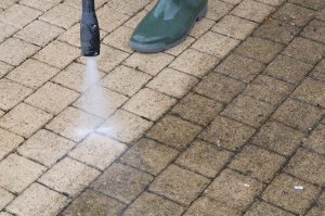 High Pressure Cleaning in Media